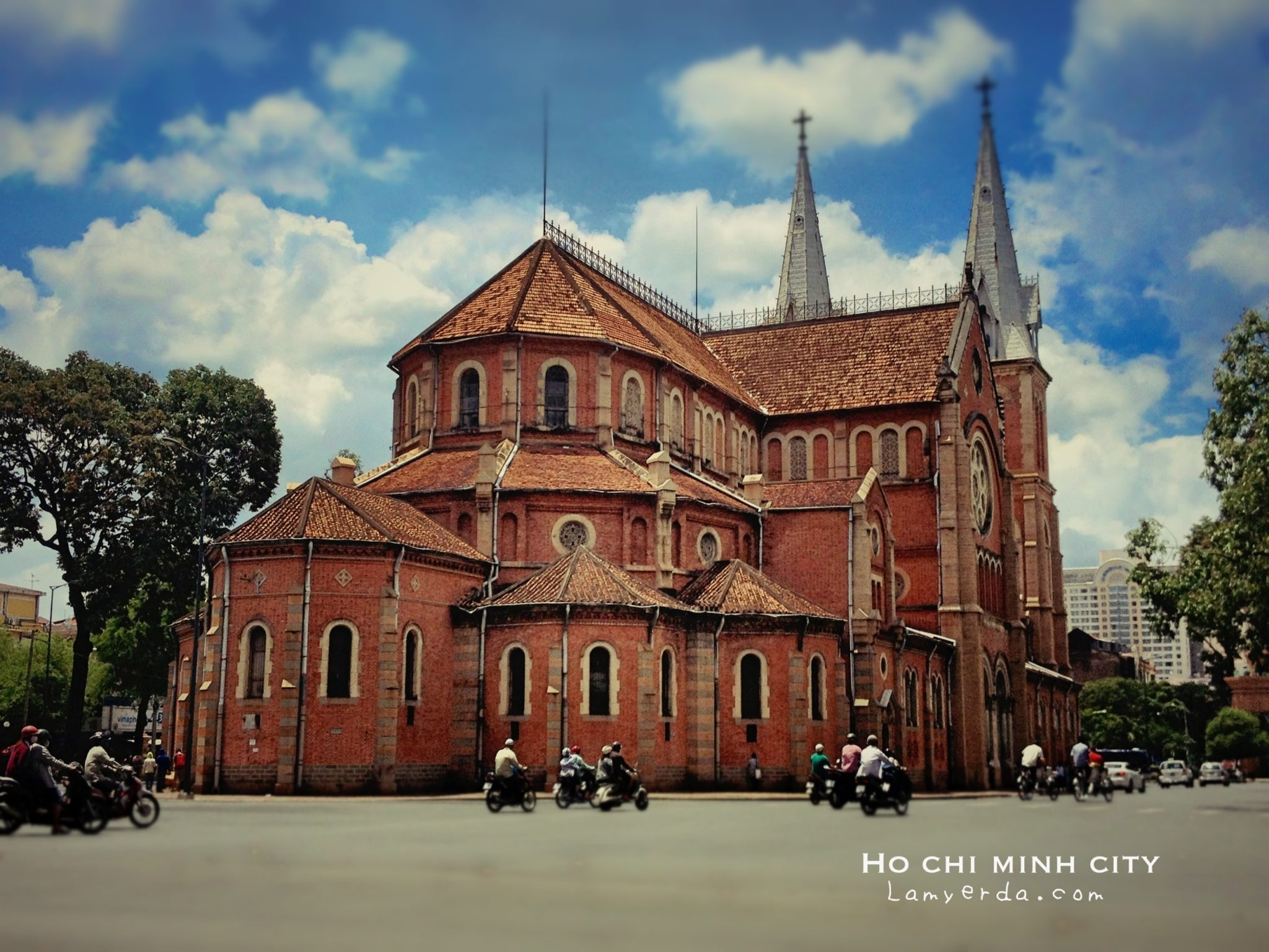 Ho Chi Minh City: The Walking Tour - Lamyerda