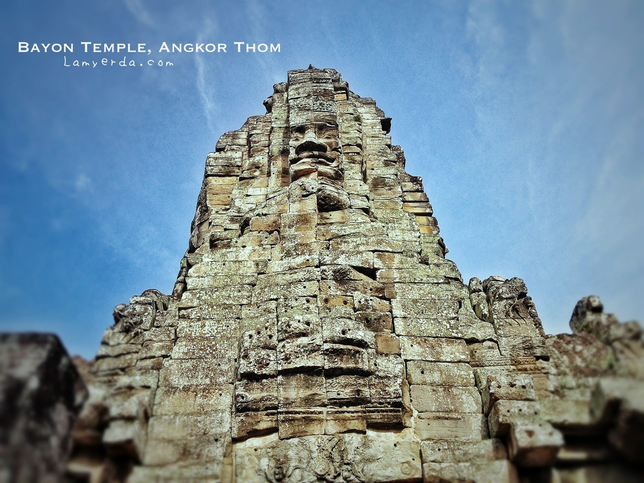 Curved Faces in Bayon Temple